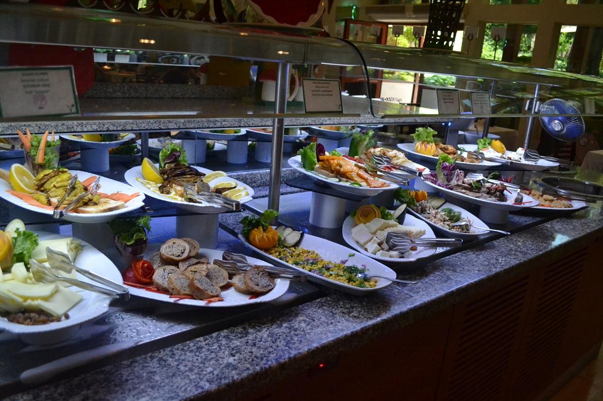 comer bien en un hotel